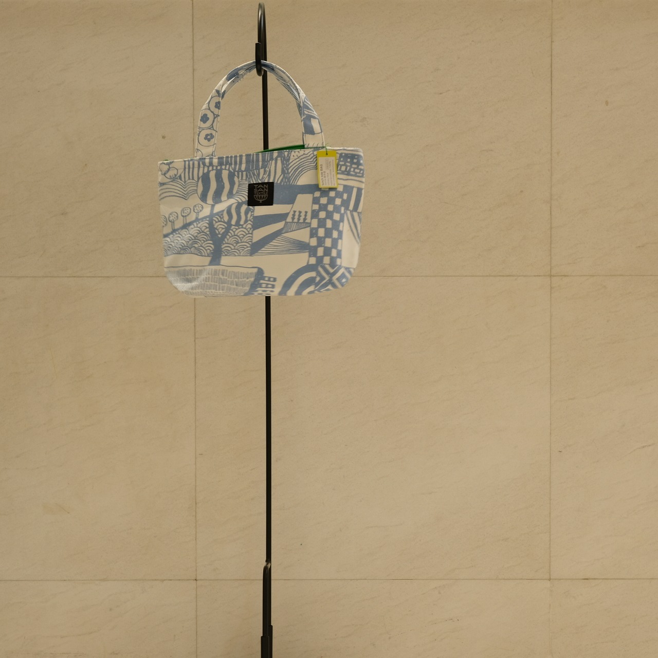 炭酸デザイン室 オンライン展示会 ランチトートバッグ_d0182409_17433576.jpg