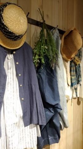 Cotton House Aya 三鷹店より_d0178718_14123031.jpg
