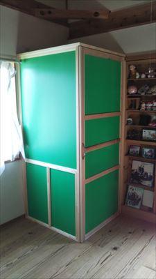 家の中に物置になっちゃったし、色のセンスもなし(涙)_d0165772_20154430.jpg