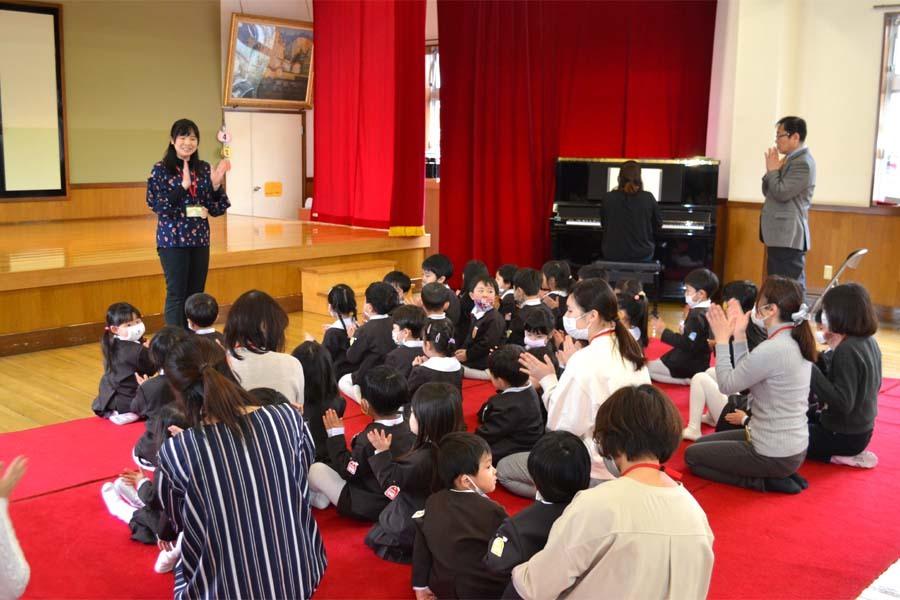 第二幼稚園 新入園児を迎える会   _d0353789_14470669.jpg