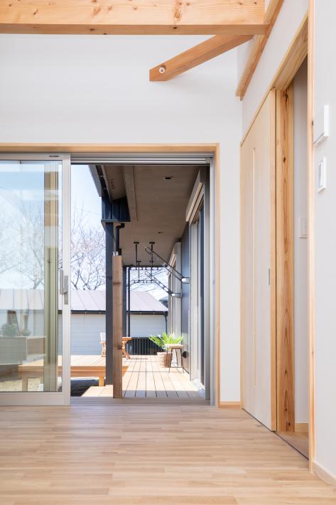 横浜市旭区白根の家☆竣工写真ができました!その1☆つかず離れずの二世帯住宅_c0152341_13103374.jpg