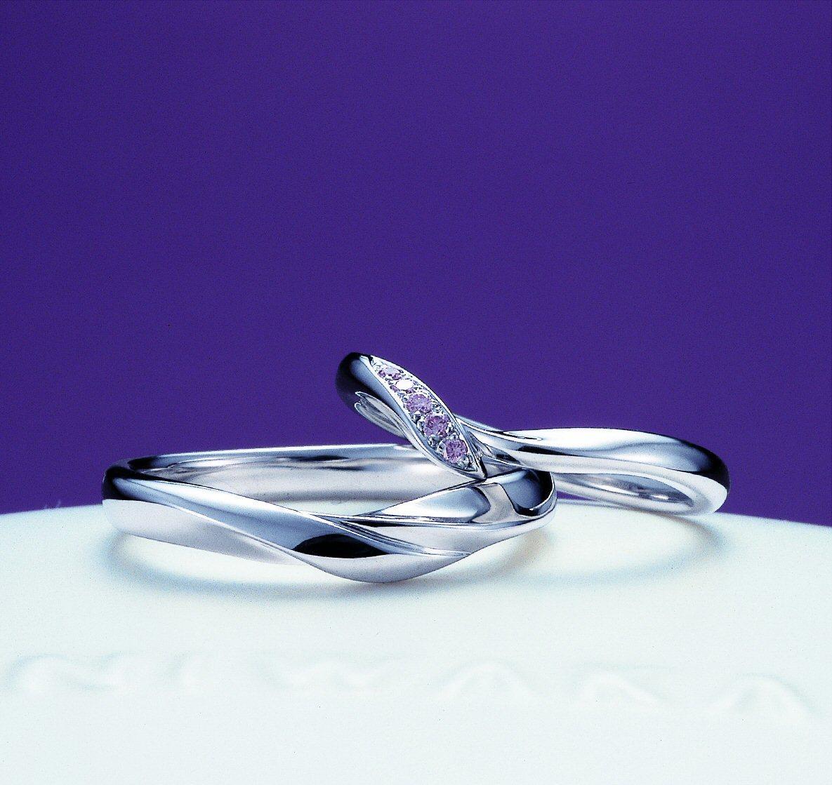 「初桜(ういざくら)」の物語~結婚指輪に託す想い(幸せ作りの水先案内人さんと)~俄の結婚指輪のエピソード_f0118568_16323494.jpg