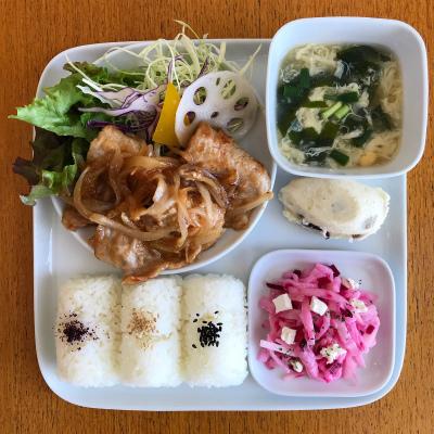 豚の生姜焼き_b0102217_13511248.jpg