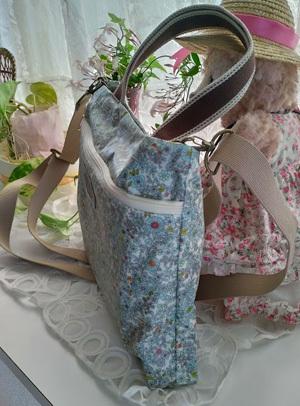 消毒できる買い物に持って行くバッグを作ってみました_c0036138_17032766.jpg