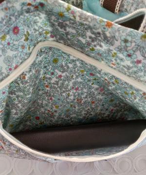 消毒できる買い物に持って行くバッグを作ってみました_c0036138_17033202.jpg