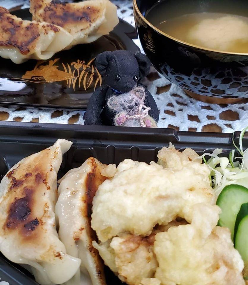緊急事態宣言8日目。。。Bar 鶴屋の大分名物 鳥天&鳥飯のお弁当☆**+☆+_a0053662_16592421.jpg