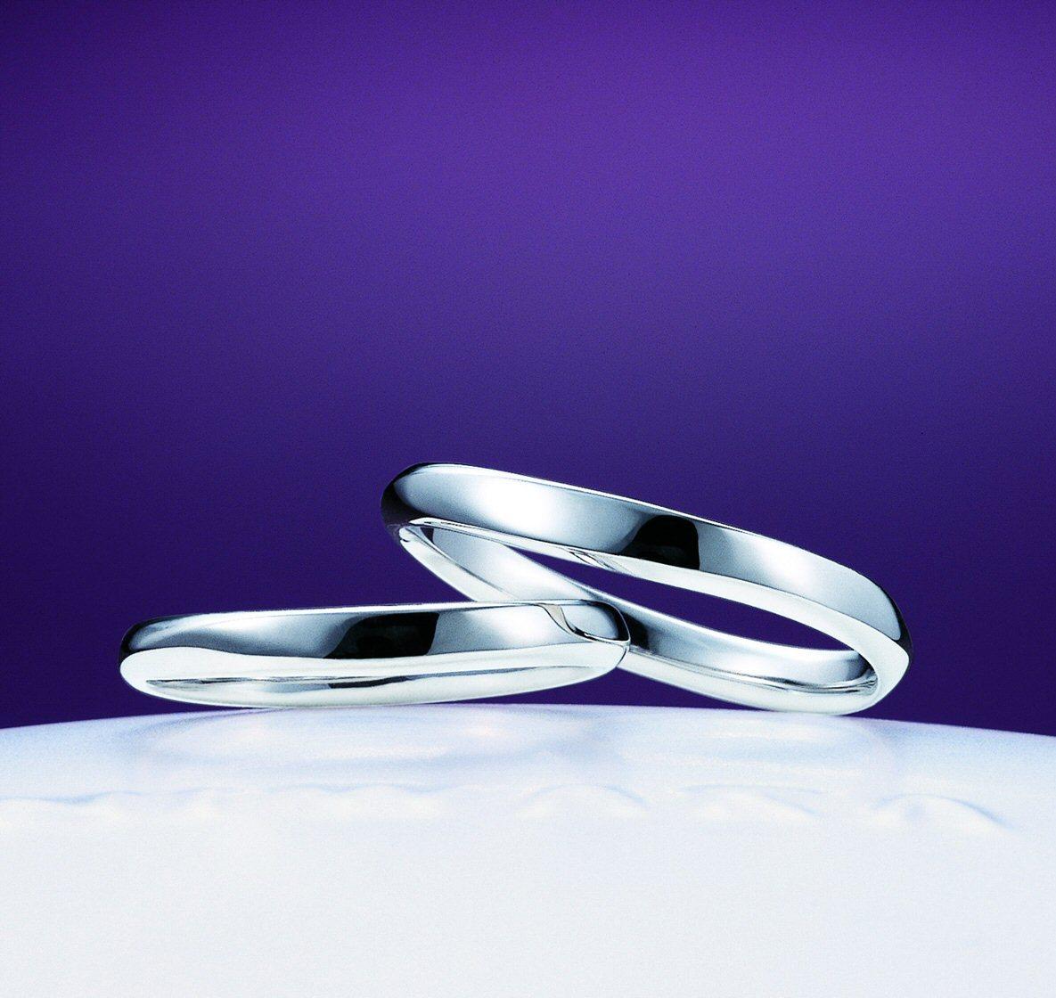 「笹舟(ささぶね)」の物語~指輪選びの帰り道に幻想的な夜を~俄の結婚指輪のエピソード_f0118568_16493804.jpg
