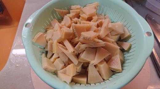 タケノコご飯作った_a0163994_18485174.jpg