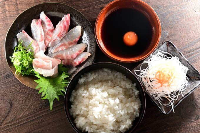 メシ通『魚介を使った簡単レシピ 』☆ 宇和島風の鯛めしが美味い!_d0069838_09384770.jpg