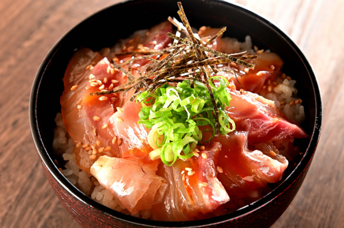 メシ通『魚介を使った簡単レシピ 』☆ 宇和島風の鯛めしが美味い!_d0069838_09390087.jpg