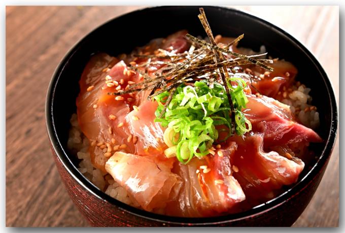 メシ通『魚介を使った簡単レシピ 』☆ 宇和島風の鯛めしが美味い!_d0069838_09390568.jpg