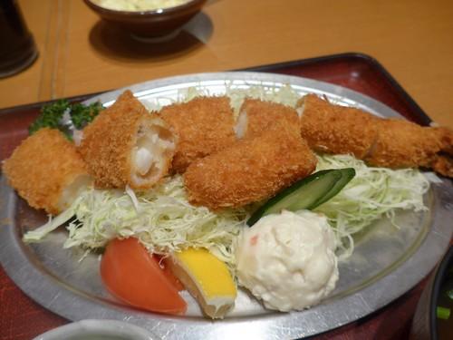 名古屋「海老どて食堂」へ行く。_f0232060_18131777.jpg