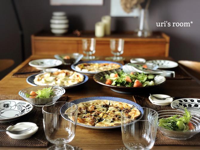 たまには気分をあげたい!人気ピザでお昼ごはん♬_a0341288_22155329.jpg