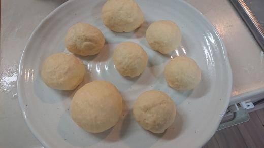 コンボクッカーでパンを焼いた_a0163994_12245035.jpg