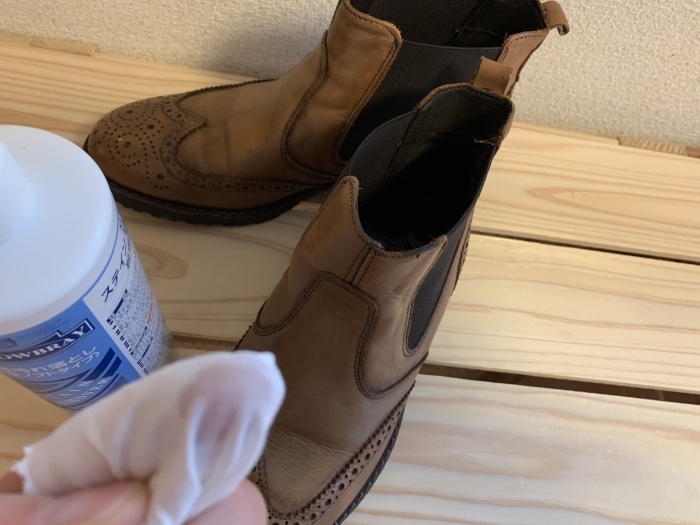 おうちで靴磨き 「靴磨きの基本は汚れを落とすことから」_b0226322_15433596.jpg