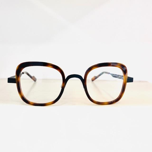 保谷と吉祥寺にある眼鏡屋。_a0172250_11562296.jpg