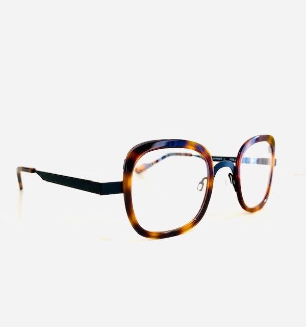 保谷と吉祥寺にある眼鏡屋。_a0172250_11580352.jpg