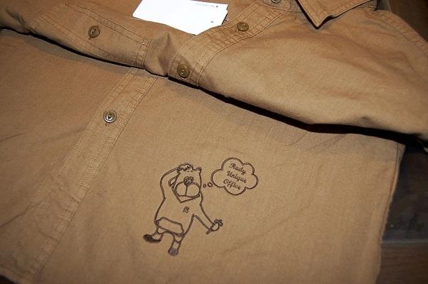持ち込みのスウェットパーカーとシャツにオリジナル刺繍をしました!_e0260759_19452729.jpg
