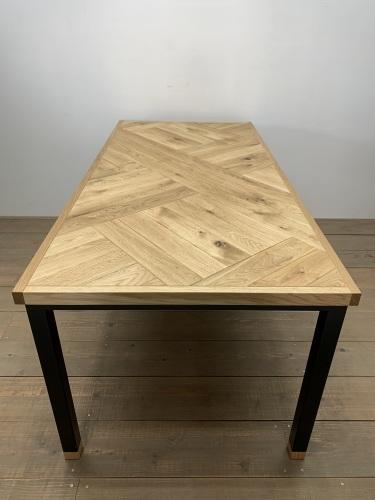 DINING TABLE_c0146581_09230693.jpg