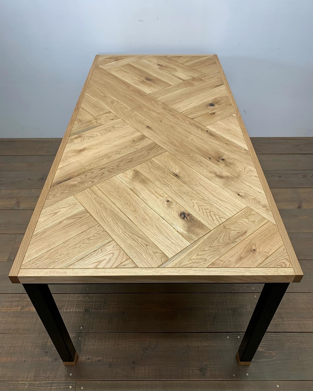 DINING TABLE_c0146581_09241197.jpg