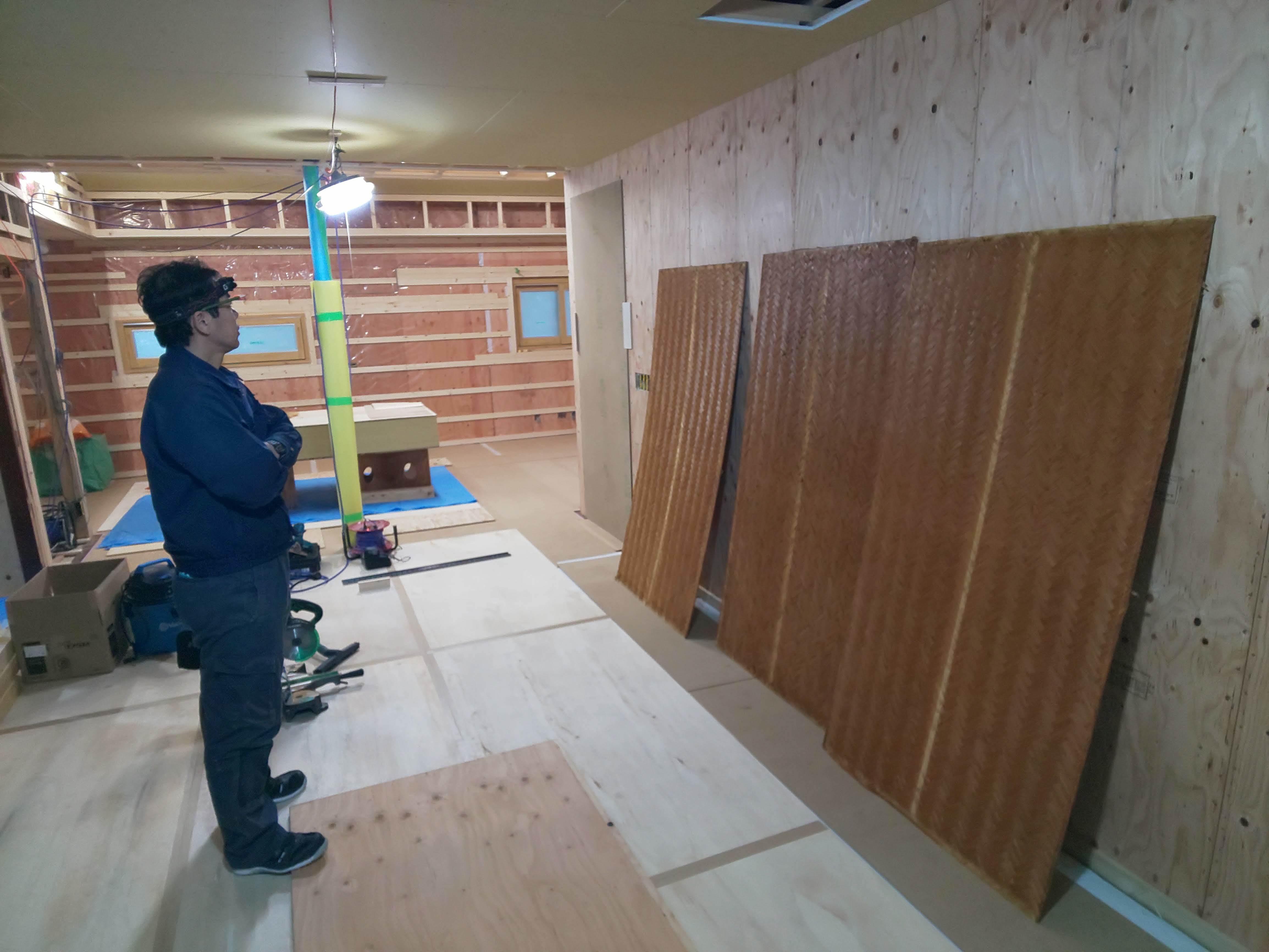 ■天井材の再活用■_e0188083_20464058.jpg