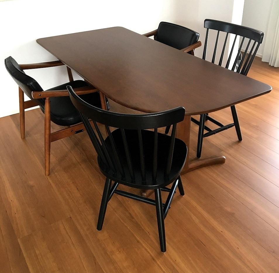 カリモク家具 納品実例 ~ オーダーテーブル DT88 ~_d0224984_18013144.jpg