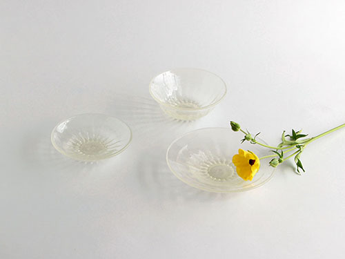 今日から伊藤嘉輝さんのガラスのネットミニ個展です。_a0026127_10474202.jpg
