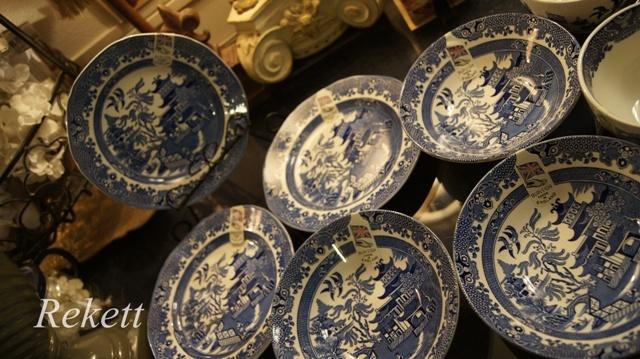 英国食器バーレイ社ブルーウィロー残りわずかです~❤_f0029571_18284081.jpg