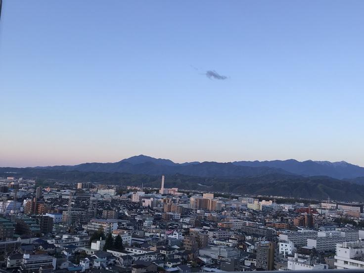おはよう丹沢! 空がキレイ ♪_c0212604_5355455.jpg