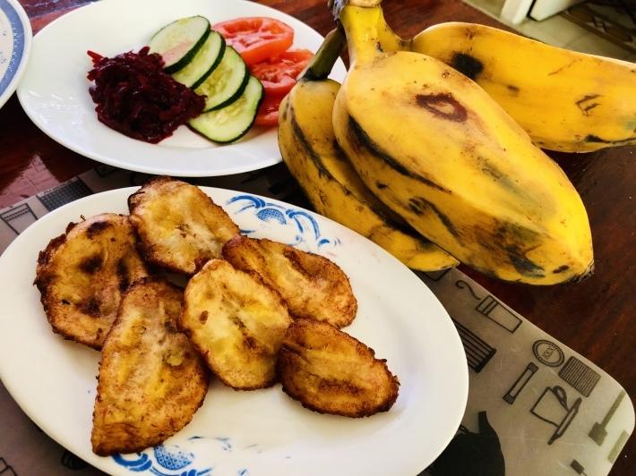 キューバのバナナおつまみ_a0103940_18020566.jpeg