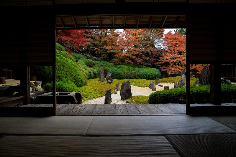 紅葉が彩る京都2019 大好きなお庭の秋景色(光明院)_f0155048_21462865.jpg