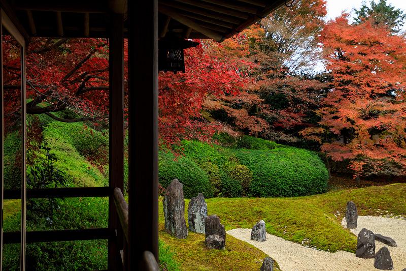 紅葉が彩る京都2019 大好きなお庭の秋景色(光明院)_f0155048_21465479.jpg
