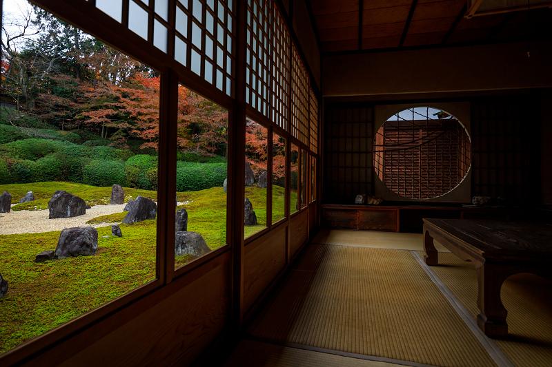 紅葉が彩る京都2019 大好きなお庭の秋景色(光明院)_f0155048_21535958.jpg