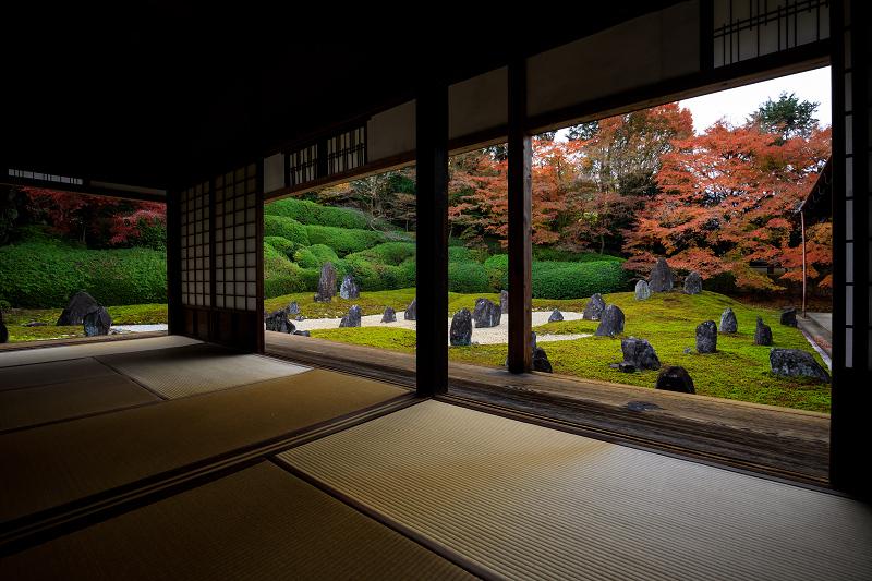 紅葉が彩る京都2019 大好きなお庭の秋景色(光明院)_f0155048_2158091.jpg