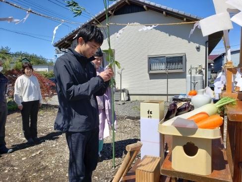 芳賀町にて地鎮祭を執り行いました_a0059217_10444303.jpg