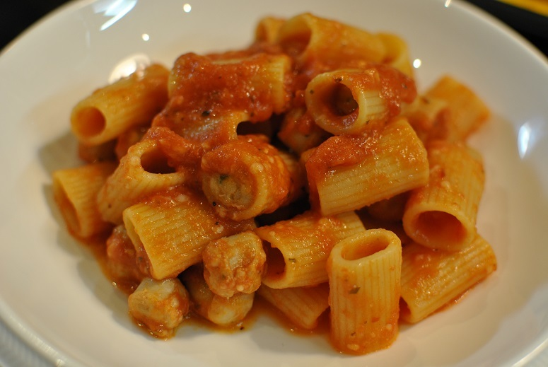 料理に使うならペコリーノ・ロマーノがイイ_b0129725_15394523.jpg