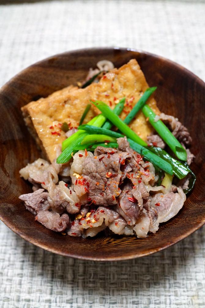 ウチで食べよう SANS SOUCIのおつゆの応用 とり飯と肉豆腐_b0049152_09015502.jpg