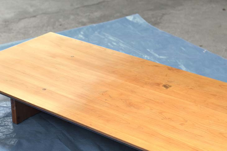 檜のテーブルをメンテナンス!_b0186205_16094275.jpg