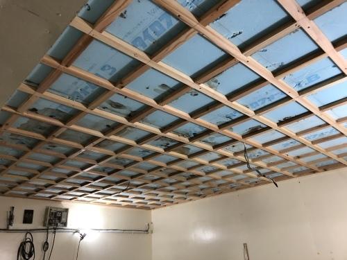 冷蔵庫の天井改修開始_f0150893_20350765.jpeg