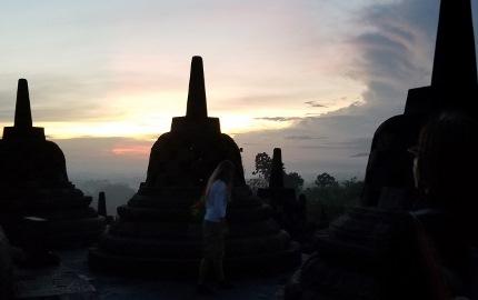 いつか又行ける日の為に インドネシア ボロブドゥール_b0122805_1654868.jpg