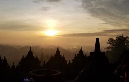いつか又行ける日の為に インドネシア ボロブドゥール_b0122805_16571193.jpg