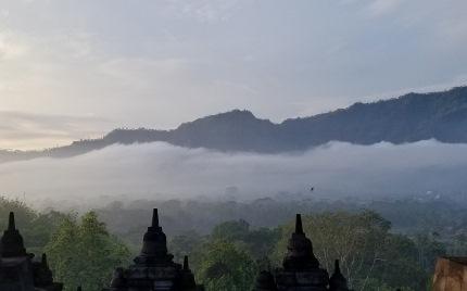 いつか又行ける日の為に インドネシア ボロブドゥール_b0122805_16572154.jpg