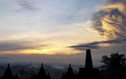 いつか又行ける日の為に インドネシア ボロブドゥール_b0122805_165739.jpg