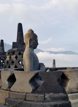 いつか又行ける日の為に インドネシア ボロブドゥール_b0122805_16574685.jpg