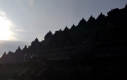いつか又行ける日の為に インドネシア ボロブドゥール_b0122805_16581290.jpg