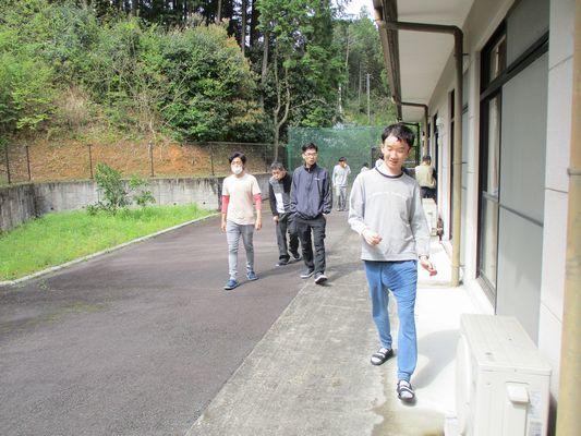 4/21 朝の散歩_a0154110_11364280.jpg