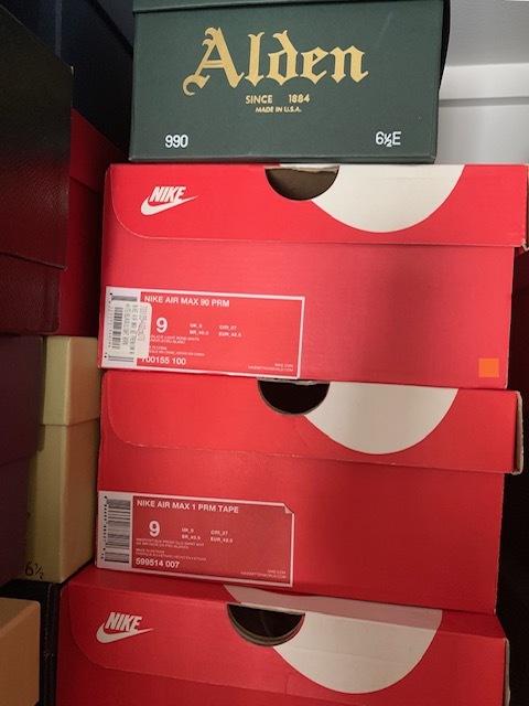 【おうちで靴磨き】マネしちゃいけない靴の保管方法_b0226322_13200459.jpeg