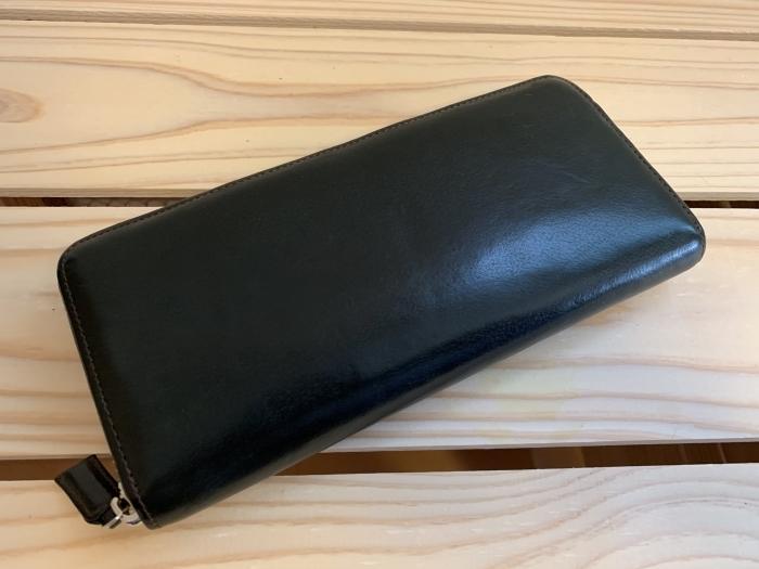 おうちで靴磨き「クリームエッセンシャルで財布に入ってしまった傷を隠す」_b0226322_15390742.jpg