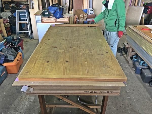 テーブルのお色直しと長さ詰め_c0019551_19391880.jpg