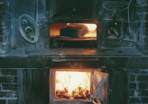 paris 私のお気に入り ~ブーランジュリー編~ 「ポワラーヌの厨房から」_c0138180_13243890.jpg